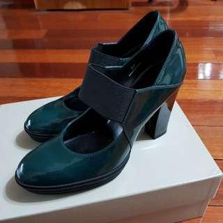 (降價)Hogan綠色瑪莉珍高跟鞋(近全新)