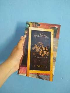 Novel Mocha Eyes