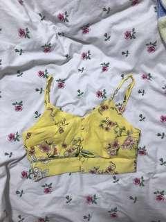 🚚 P&B Yellow Floral Button-Down Crop