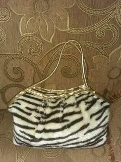 Handbag bulu Zebra