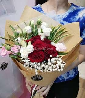 🚚 Fresh Flower Bouquet Rose Surprise
