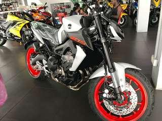 YAMAHA MT-09 (NEW)