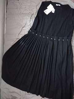Black Dress Rimple Unique