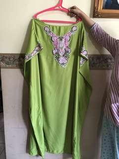 Green Kaftan Dewasa