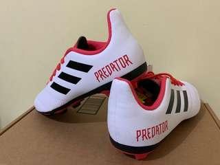 Adidas kids predator 18.4 FG footwear