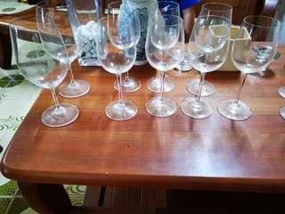 🚚 Wine Glasses