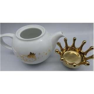 {HK-藏珍舖} 2010 HELLO KITTY 鍍金陶瓷茶壺+咖啡杯x1