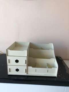 🚚 Organizer Box