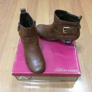 New:Aerosoles brown boots