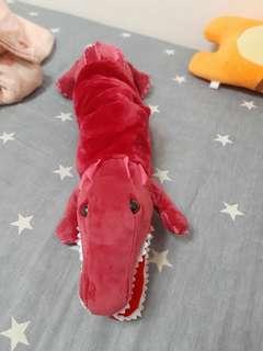 🚚 粉色鱷魚玩偶