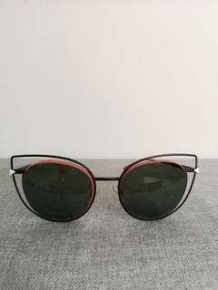Fendi cat eye sunglass