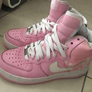 Nike櫻花跳舞鞋