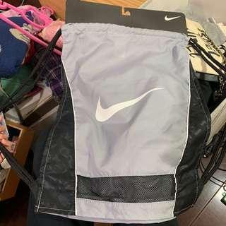 🚚 日本帶回Nike 束口包