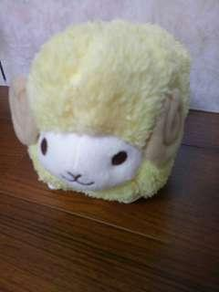 小金毛羊娃娃