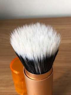 REAL TECHNIQUES Portable Stipling Brush