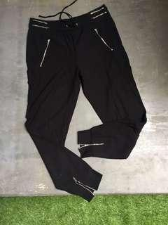 Zara - black jogger pants (women)