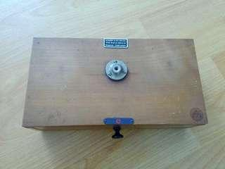 ASE Weighing Scale Vintage