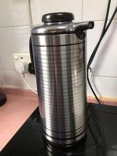 不锈钢保温壶