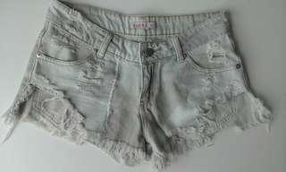 Supre distressed denim shorts XS fit 6-8