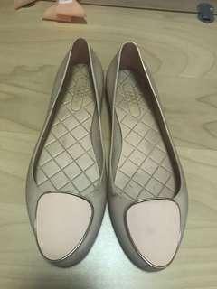 Used Cabana jelly shoes size 41