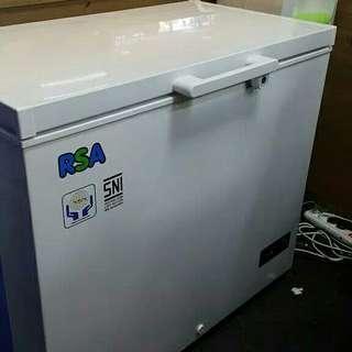 Freezer RSA 220 Liter