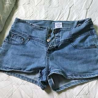 🚚 denim blue shorts low waisted
