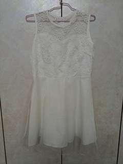 🚚 白色氣質甜美夢幻蕾絲刺繡洋裝連身裙