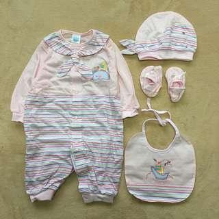 🚚 嬰兒套裝四件組80公分