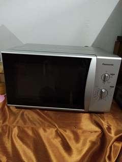Microwave Oven panasonic 450watt NN-SM322M