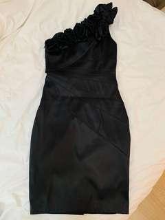 One-shoulder black dress 單膊黑色裙