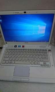 SONY i5 2410M獨立顯卡四核心筆記型電腦