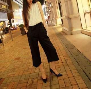 black OL trousers