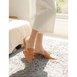 Bowbow Shoe Camel Color
