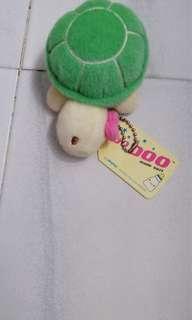 🚚 Toy turtle green keychain