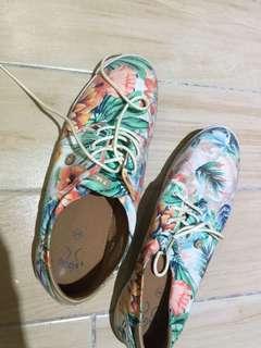 男士休閒平底鞋US10
