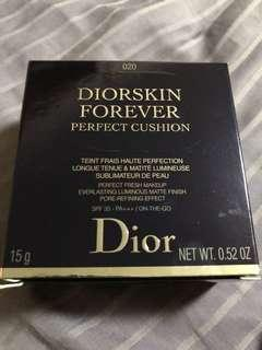 DiorSkin Forever Perfect Cushion - 020 Light Beige