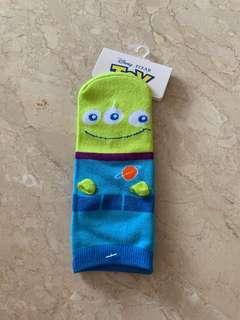 🚚 Little Green Man Socks