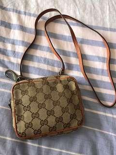 Gucci mini 斜咩袋
