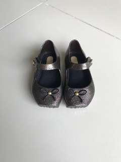 Mini Melissa Size US5