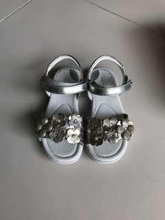 Stride Rite Sandal Size US9W