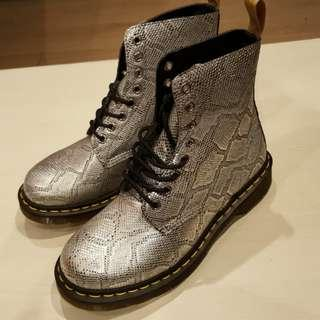 New - Dr. Martens Boots (Metalic snake)