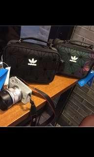Adidas潮流背包