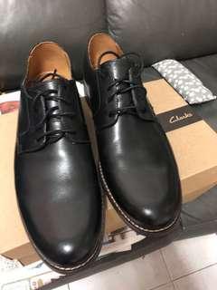 男裝皮鞋 clarks