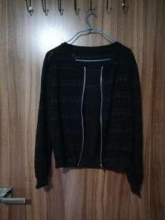 Black jacket (bomber type)