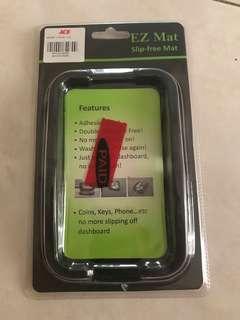 Slip-free smart phone pad for car