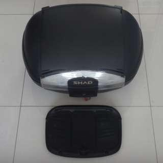 SHAD 45L TOP BOX AND REAR RACK (FOR HONDA CB400X)