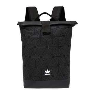🚚 實拍 adidas original 三宅一生 後背包