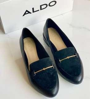 🚚 Like New ALDO Black Gold Tip Shoes Flats Loafers with box US6.5 / UK4 / EU37