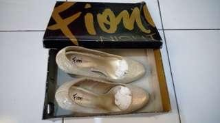Reprice SALE High Heels Gold Blink