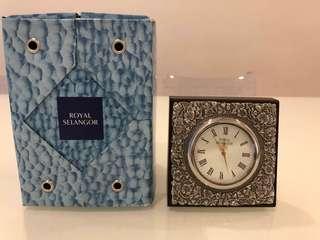 Original Royal Selangor Pewter Leaves Table Clock